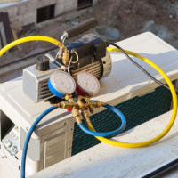 Do-it-yourself evacuation of the air conditioner: technology for work + valuable recommendations
