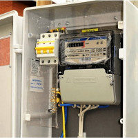 Replacing an electric meter in an apartment and in a private house: the specifics of replacing a meter