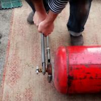 Le dispositif de la soupape sur une bouteille de gaz et les méthodes pour la remplacer si nécessaire