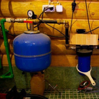 How to make a water pipe in the country with your own hands: the rules for laying, installing and arranging