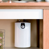 """How to choose a flowing water heater: an overview of the types of """"flowers"""" and tips for customers"""