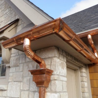 Which gutter is better - plastic or metal? Comparative review