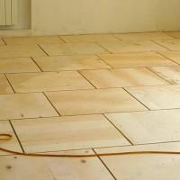 Aligner le sol avec du contreplaqué sur un vieux plancher en bois: schémas populaires + conseils de travail