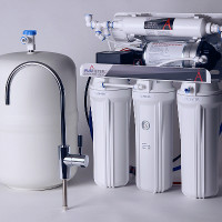Comment choisir un filtre à osmose inverse: classement des meilleurs fabricants et de leurs produits