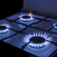 Remaking a gas stove for bottled gas: how to rearrange nozzles for working on liquefied fuel