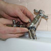 Comment installer le mélangeur sur l'évier: une analyse détaillée de la technologie d'installation