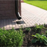 Do-it-yourself storm water drain: all about the installation of a storm shower for a summer house and a private house