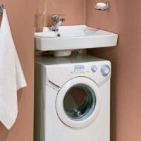 Ūdensrozes izlietne: izvēles un uzstādīšanas padomi, novietojot virs veļas mazgājamās mašīnas
