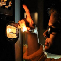 Where to call when a power outage: how to find out why it was turned off and when the lights