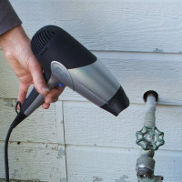 How to warm a frozen water supply: an overview of the most effective methods