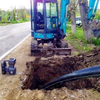Comment est la pose de tuyaux sans tranchée: caractéristiques de la méthode + exemple de travail