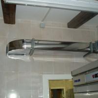 Kustīga ventilācija virtuvē: normatīvās prasības ventilācijai