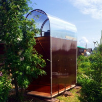 Polycarbonate summer shower: step-by-step construction instructions