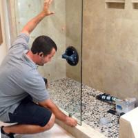 Glas för duschkabin: hur man väljer och installerar med egna händer