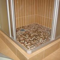 Kakel duschbricka: detaljerade konstruktionsinstruktioner