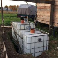How to make a septic tank from European cubes with your own hands: step-by-step assembly instructions