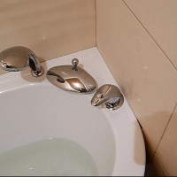 How to install the mixer on board the bath: step-by-step installation instructions