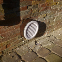 Ventilation of the foundation of the house: rules and options for organizing air exchange