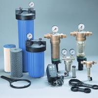 Filtres pour la purification de l'eau brute et fine: aperçu des types + règles d'installation et de raccordement