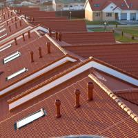 Mīksto dakstiņu jumtu ventilācija: mīksto jumtu projektēšana un uzstādīšana