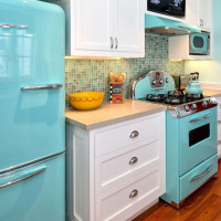 Refrigerator and gas stove in the kitchen: the minimum distance between appliances and placement tips