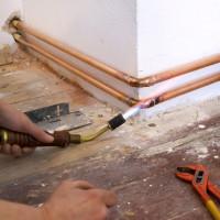 Vara apkures cauruļu uzstādīšana: darba tehnoloģijas iezīmes