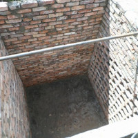 How to build a drain pit of brick: options and methods of arrangement