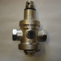 Water pressure reducer in the water supply system: purpose, device, regulation rules