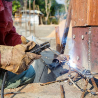 Electric welding for beginners: the nuances of welding and the analysis of basic errors