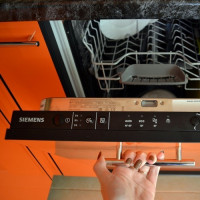 Siemens SR64E003RU dishwasher overview: time-tested quality