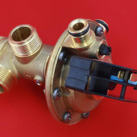 Comment vérifier une vanne à trois voies dans une chaudière à gaz: instructions de vérification de la vanne de bricolage