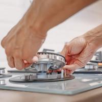 Pourquoi l'allumage piézoélectrique sur une cuisinière à gaz ne fonctionne pas: causes des pannes et méthodes pour les éliminer