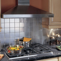 The distance from the gas stove to the hood: the rules and regulations for installing the device