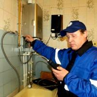 Entretien des cuisinières à gaz dans les appartements: ce qui est inclus dans l'entretien, le calendrier et la fréquence du service