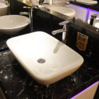 Countertop washbasin: features of selection and installation