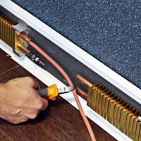 Silts grīdlīste: kas ir grīdlīsteņu sildīšanas radiatori un kā tos pareizi uzstādīt