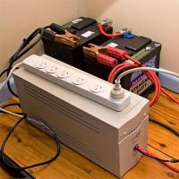 Avbrottsfri strömförsörjningsenhet: syfte och specifikationer för inhemsk UPS