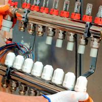 Collecteur de chauffage: principe de fonctionnement, règles d'installation et de raccordement