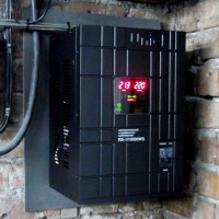 What voltage regulator to choose for a private home: professional advice and an overview of the best brands