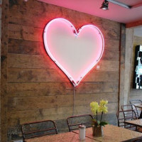 How neon lamps work and how to choose the best option for home