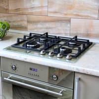 Connexion de la table de cuisson au gaz: instructions de connexion sécurisée