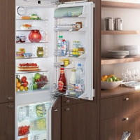 How to defrost a refrigerator quickly and correctly: step-by-step instructions