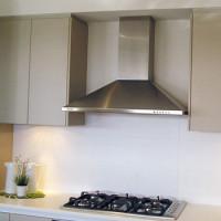 Hotte pour une cuisine avec conduit d'air: comment disposer une hotte dans la cuisine avec et sans conduit