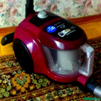 Samsung Vacuum Cleaners with Dust Container: Ranking the Best Models on the Market