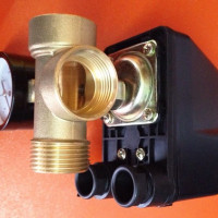 Connecting and adjusting the pressure switch for the pump: setup instructions