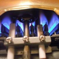 La colonne de gaz s'enflamme et s'éteint: pourquoi la colonne s'éteint et comment y remédier