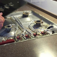 Réparation de cuisinière à gaz à faire soi-même: dysfonctionnements courants et comment les réparer
