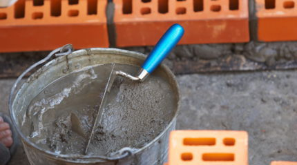 Cement and gravel mortar for wall filter