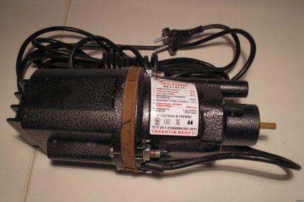 Pump pump for pumping wells