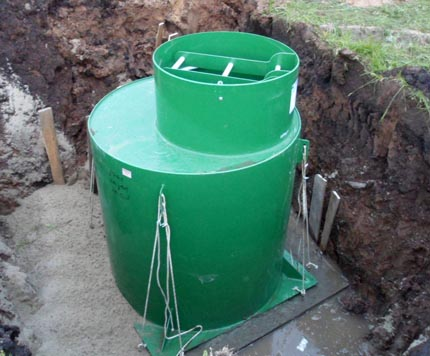 Installation of a steel caisson